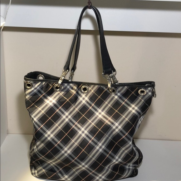 ce61b34b2bd4 Burberry Handbags - Authentic Burberry Black Canvas Satchel